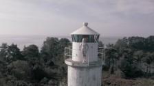 iamamiwhoami 'chasing kites' music video