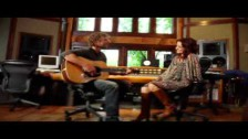 Dierks Bentley 'Beautiful World' music video