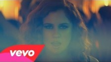 Katy B '5 AM' music video