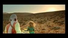 Mikayella 'Shako Mako' music video