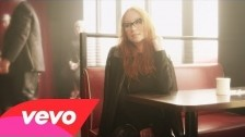 Tori Amos 'Trouble's Lament' music video