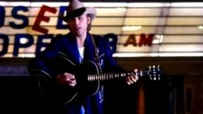 Dwight Yoakam 'Try Not To Look So Pretty' music video
