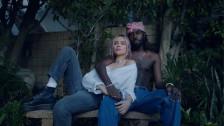 Lolo Zouaï 'Jade' music video