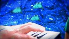 Future Islands 'Beach Foam' music video