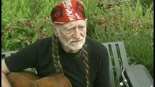 Willie Nelson 'Rainbow Connection' music video