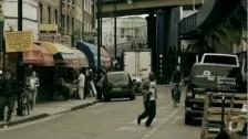 Casino Royale (2) 'Uomo una radio (Turn It On!)' music video