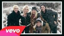 R5 'Smile' music video