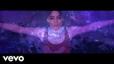 Jessie Reyez 'Love In The Dark' music video