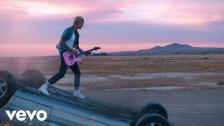 Machine Gun Kelly 'my ex's best friend' music video