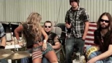 HER 'White Trash (Country Boy)' music video