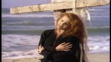 Belinda Carlisle 'Circle in the Sand' music video