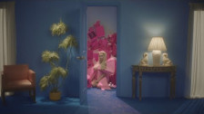 Kim Petras 'I Don't Want It At All' music video
