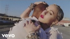 Brooke Candy 'Living Out Loud' music video