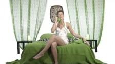 R/CH G/RL 'Don't Hang Up' music video