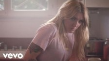 Julia Michaels 'Issues' music video