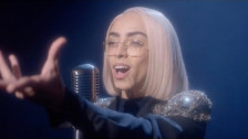 Bilal Hassani 'Roi' music video