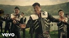 Banda Carnaval 'El Que Se Enamora Pierde' music video