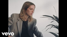 The Japanese House 'Something Has To Change' music video