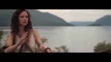 Esmé Patterson 'No River' music video