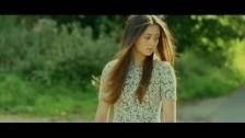 Jasmine Thompson 'Run' music video