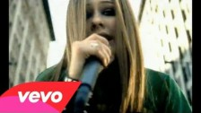 Avril Lavigne 'Sk8er Boi' music video
