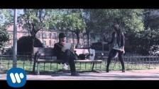 Vanesa Martín 'Ropa desordenada' music video