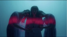 a2ele 'Mer & Pluie' music video