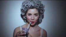 Marina & The Diamonds 'Primadonna' music video