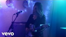 Honeyblood 'Sea Hearts' music video