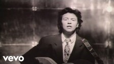 Paul Young 'Softly Whispering I Love You' music video