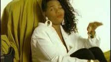 Salt 'N' Pepa 'Independent' music video