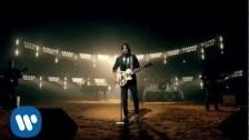 Melendi 'Tu Jardín con Enanitos' music video
