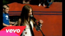 Avril Lavigne 'Complicated' music video