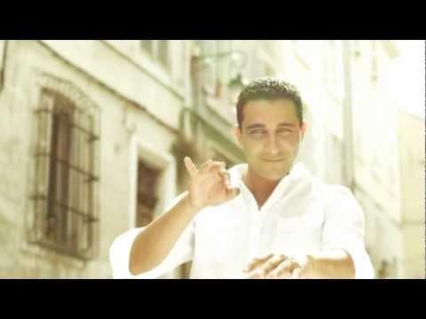 algerino avec le sourire