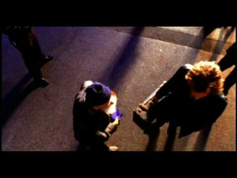 Jon Bon Jovi - Staring At Your Window With A Suitcase In My Hand Şarkı Sözü