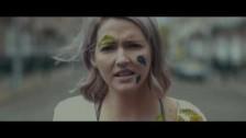 Ailbhe Reddy 'Fingertips' music video