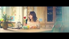 Gabrielle Aplin 'Panic Cord' music video