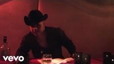 Jesús Mendoza 'Aún Te Sigo Amando' music video