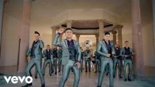 Banda Carnaval 'A Ver A Qué Horas' music video