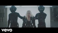 Christina Aguilera 'Fall in Line' music video