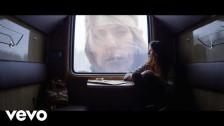Turya 'Falling' music video