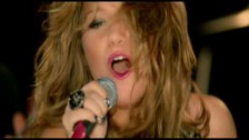 Kelly Clarkson 'I Do Not Hook Up' music video