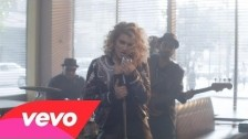 Tori Kelly 'Nobody Love' music video