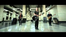 Daughtry 'Crawling Back To You' music video