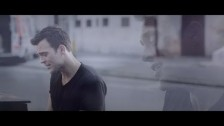 Cheyenne Jackson 'Don't Look At Me' music video
