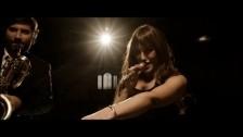 Marta Ren & The Groovelvets 'I'm Not Your Regular Woman' music video