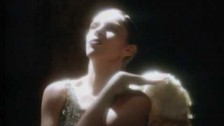 Annie Lennox 'Keep Young and Beautiful' music video