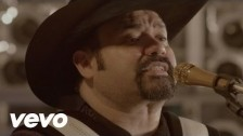 Intocable 'Quiéreme (Ámame)' music video