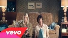 Veronica Maggio 'Hela huset' music video