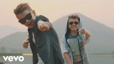 Marcus & Martinus 'Plystre på deg' music video